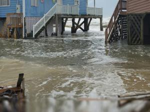 Coastal flooding at the Outer Banks of North Carolina