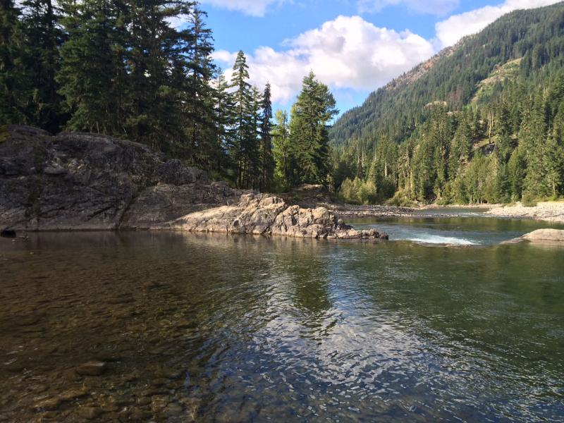 Photo of the Cle Elum River