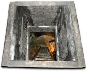 Ice Cellar Entry